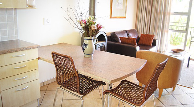 Felsenblick Accommodation, Windhoek, Namibia, Self Catering, eros mountains, wedding accommodation, budget accommodation
